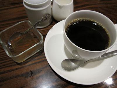 食後にはコーヒーと紅茶ゼリーが付く