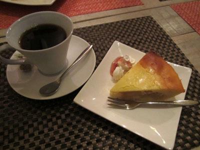 コーヒーと林檎のベイクドヨーグルトケーキ