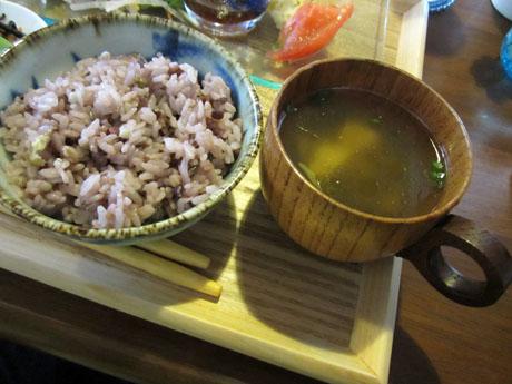 ご飯とスープ