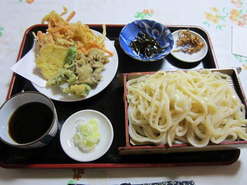 「もり」の天ぷら付き