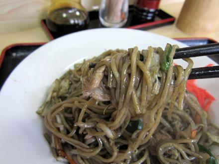 麺は中華麺