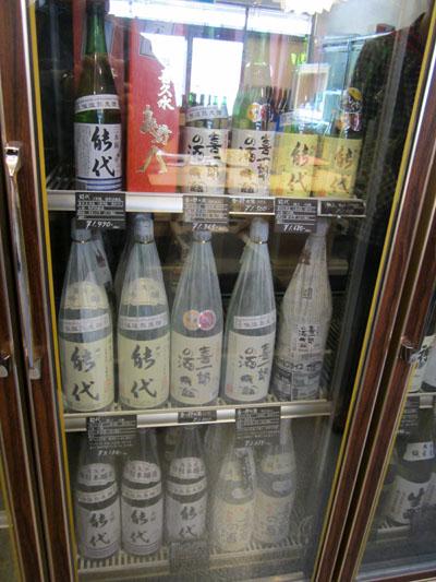 秋田のお酒「能代」も充実している