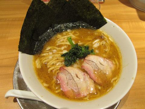 ラーメン街道一番星 横須賀カレー味