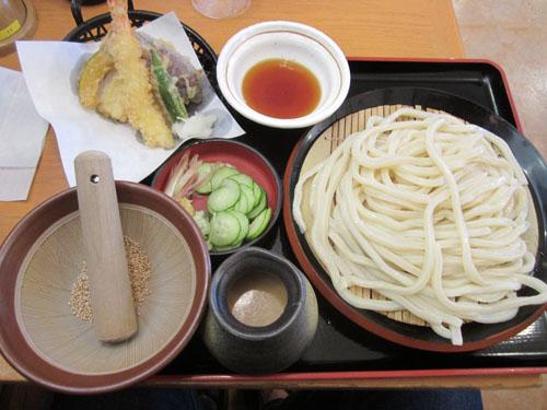「天ぷら冷汁うどん」を注文したワケは…