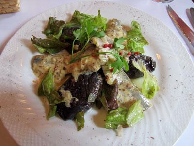 私の選んだ前菜「いわしの白ワインマリネとなすのサラダ マスタードソース」