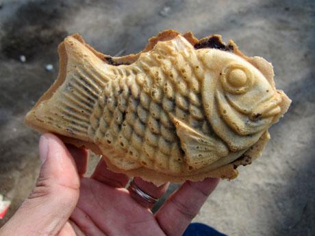 バリを食べて、やっと普通の鯛焼きに