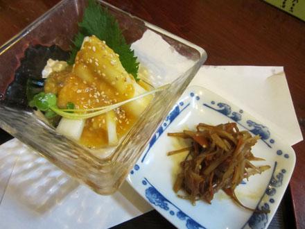 ウドの酢味噌和えと皮キンピラ