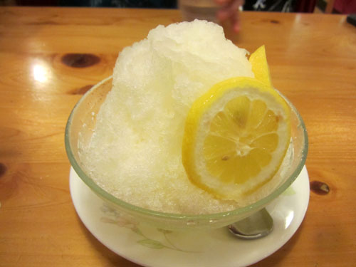 友人の頼んだ「はちみつレモン」のミニ