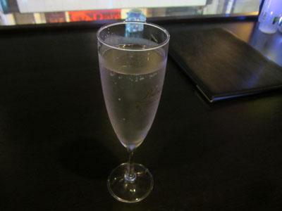 樽生スパークリングワインで乾杯