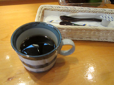 食後にはコーヒーが付く