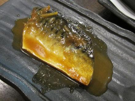 サービスのサバの味噌煮