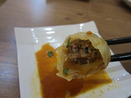「キムチ餃子」は意外にも肉たっぷり