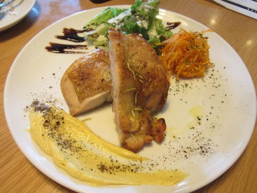 地鶏のスパイス焼き