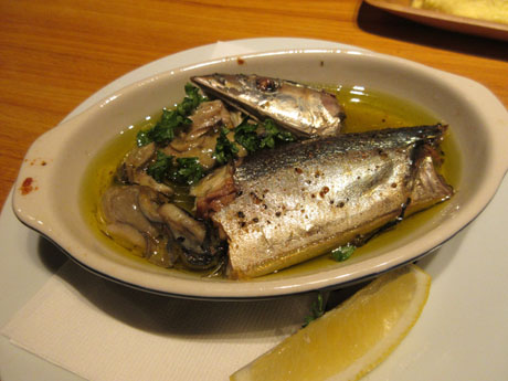 秋刀魚とカキのコンフィ