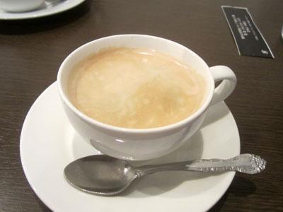 デザートに備えてコーヒー