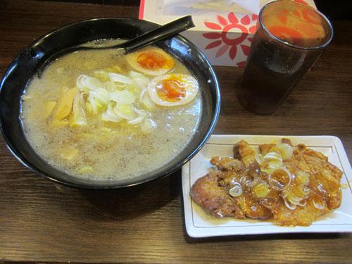 これが「排骨麺」