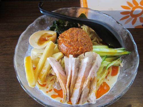 赤玉冷し坦々麺