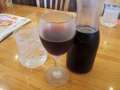 赤ワインのカラフェ