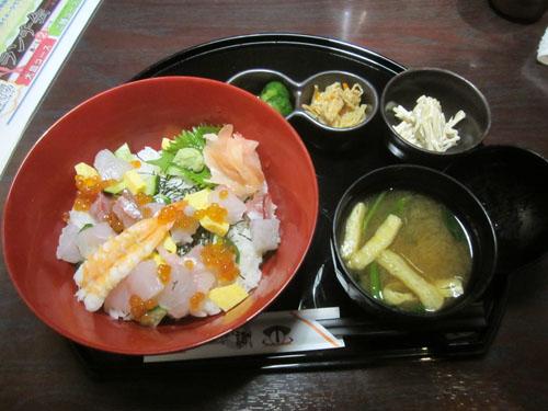 海鮮バラチラシ丼