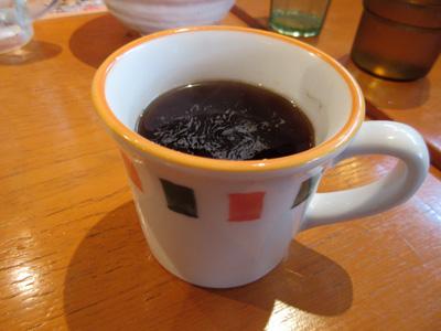 ドリンクバーでコーヒーを