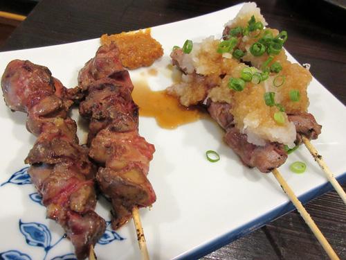 白レバー串と豚ハラミ串おろしぽん酢