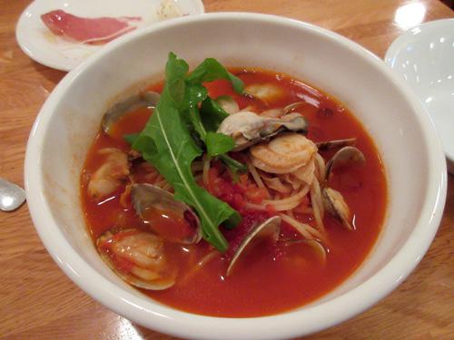 海の幸 辛口トマトスープ