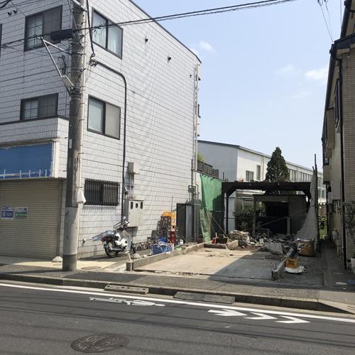 「揚子江」の看板も建物もなくなっていた