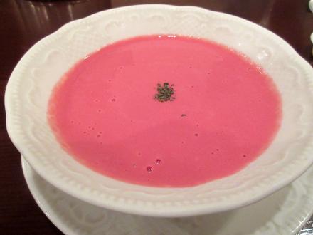 ビーツの冷製スープ