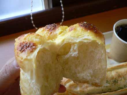 チーズドームの断面