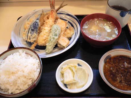 盛り合わせ天ぷら定食