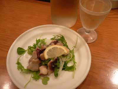 タコのマリネと白ワイン
