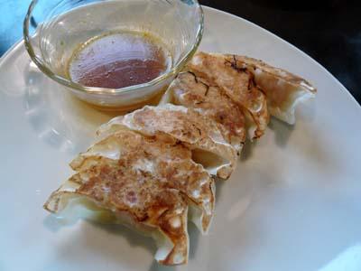 プリプリ海老の焼餃子