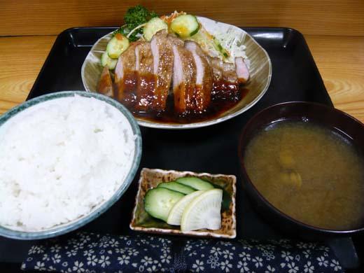 ポークソテー定食