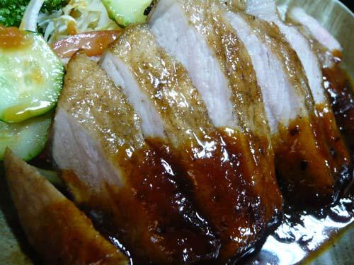 肉は厚くてジューシィーで、しかも柔らかい