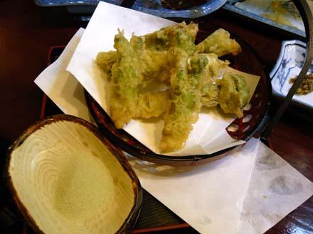 フキノトウと、たらの芽の天ぷら