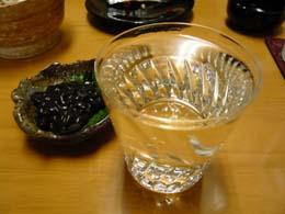 日本酒とイカの黒造り