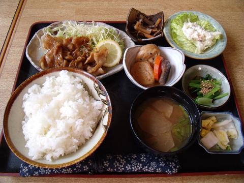 豚肉の生姜焼定食
