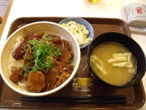 豚とろ角煮丼とみそ汁セット