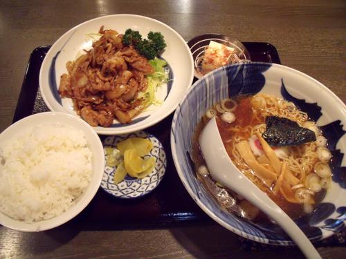 「焼肉定食」+醤油ラーメン