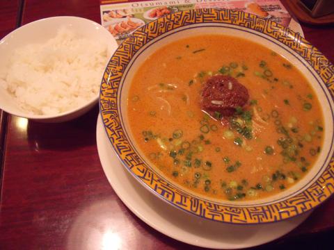 白タンタン麺とごはん