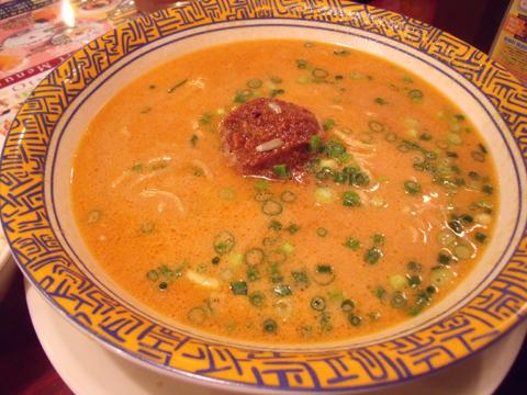 これが白タンタン麺