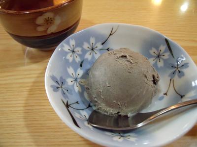 黒ゴマのアイスクリーム