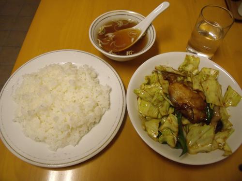 「カキとキャベツの味噌炒め」とライス&スープ