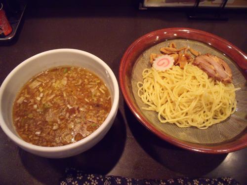 黒ソースつけ麺