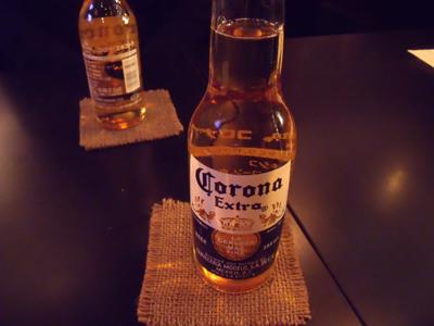 コロナビールで乾杯