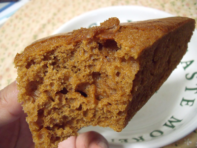 「黒糖焼きムシパン」の断面