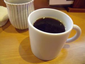 ドリンクバー付きなので、早速コーヒーをいただく