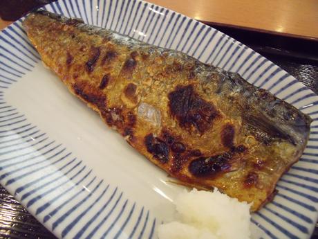 焼き魚はサバ