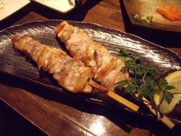 ホエー豚バラ肉串焼き